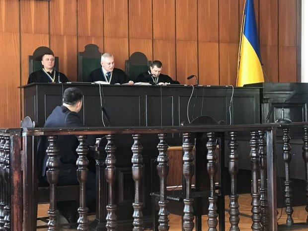Український Робін Гуд з інтернату: голодного сироту кинуть за ґрати замість корупціонерів