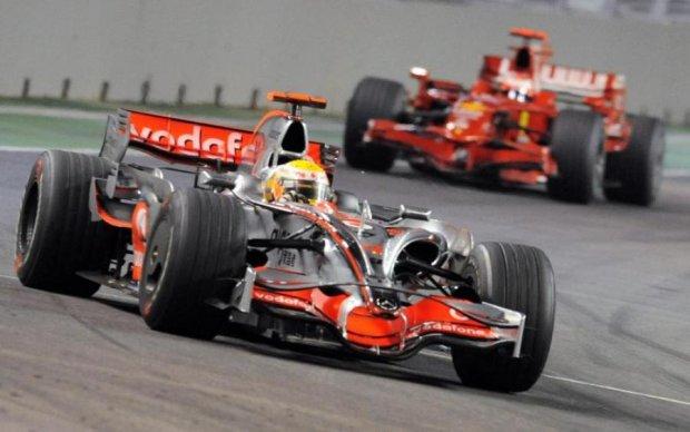 Фотограф показав Формулу-1 у стилі ретро