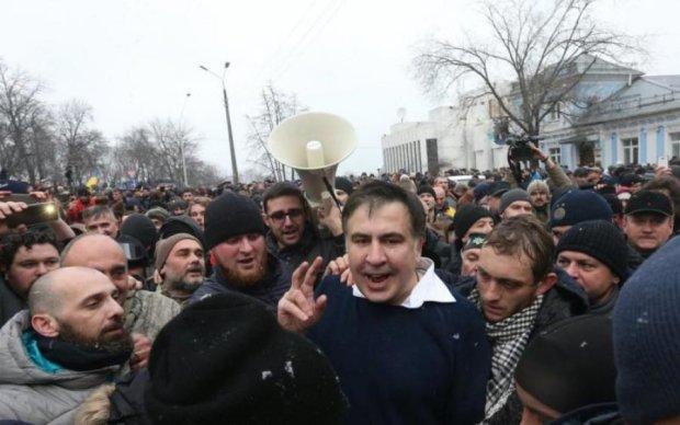 Расправа международного калибра: экс-министр обороны о последствиях выдворения Саакашвили
