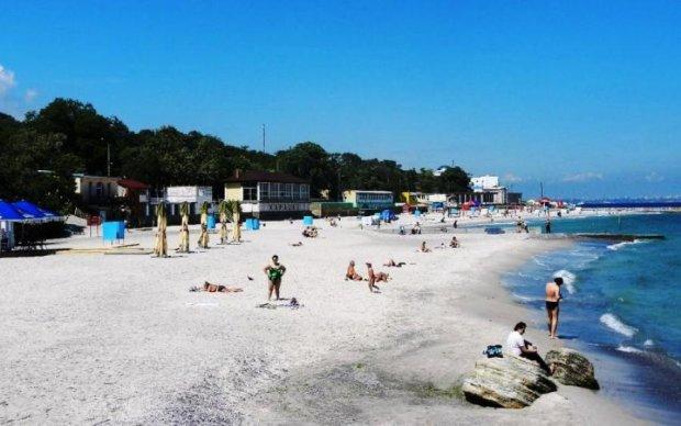 Не прошло и пол-лета: на одесских пляжах появился велопатруль