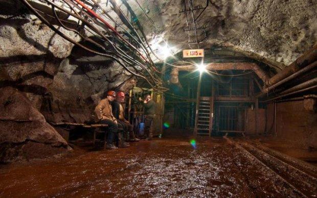 """Криворізькі шахтарі вимагають """"Європу"""" вже зараз"""