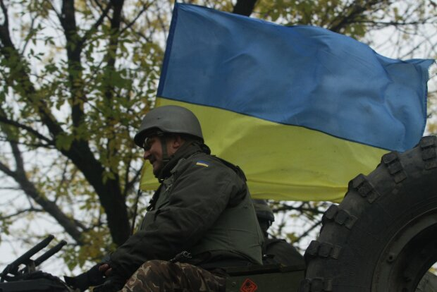 """Украинские герои в ожесточенном бою на Донбассе взяли в плен боевика: какие тайны выдал вражеский """"язык"""""""