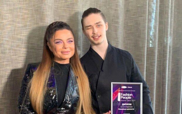 Наташа Корольова з сином / фото: instagram.com/grek_grex/