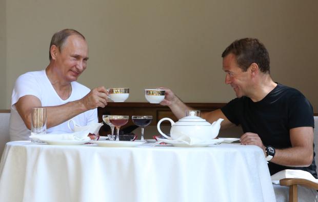 Головне за ніч: голодні санкції Путіна, автогенна катастрофа та безробіття по-новому