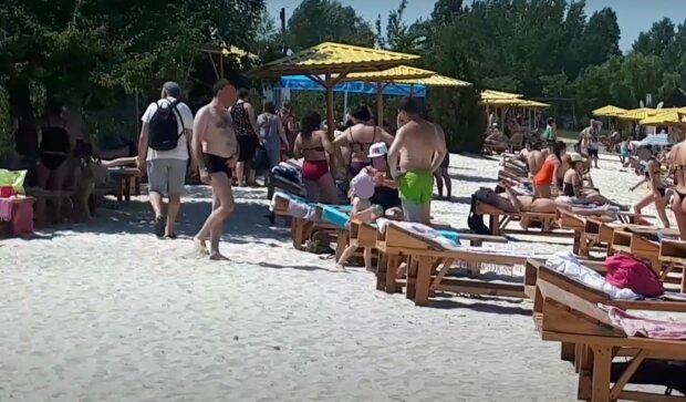 Пляж в Харькове, изображение иллюстративное, кадр из видео: YouTube