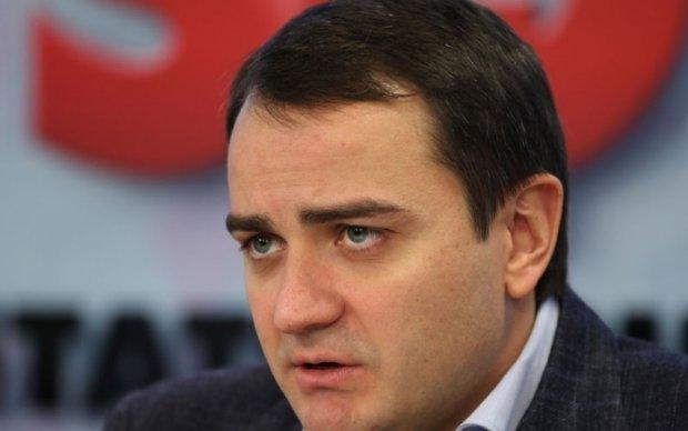 Павелко отрапортовал о строительстве детских стадионов
