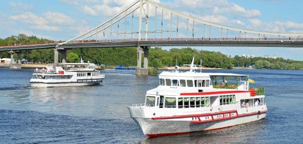 Дніпряни обійдуть Новий міст по воді, затори не страшні: деталі транспортного ноу-хау