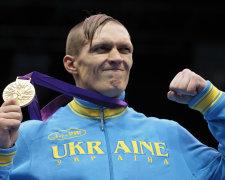 Олександр Усик, абсолютний чемпіон світу з боксу
