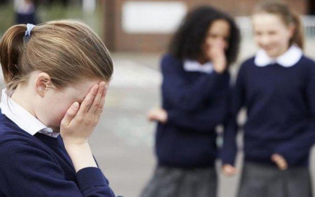 """Цькування у школі: """"нагорі"""" нарешті звернули увагу"""