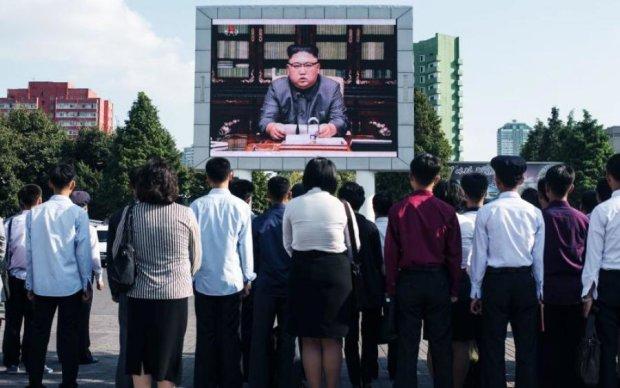 В сеть слили фото, за которые Ким Чен Ын готов убивать
