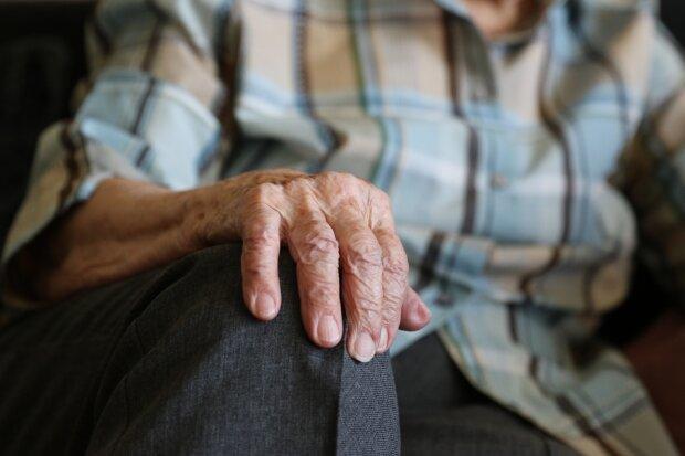 пенсионерка, фото Pxhere