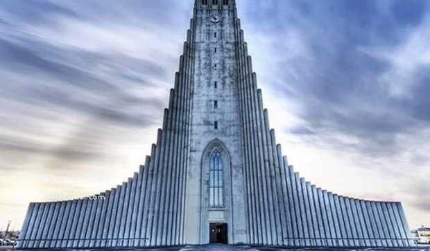 Тридцять найдивніших будівель світу (фото)
