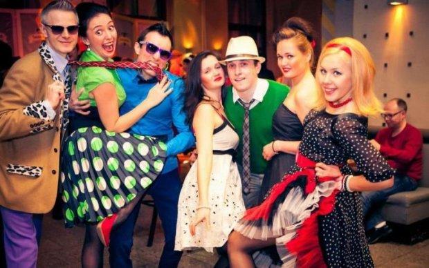 Новий рік на носі: як швидко створити вдалий образ для вечірки