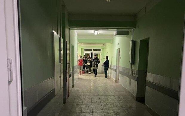 пожежа в лікарні, фото канал Псковської області