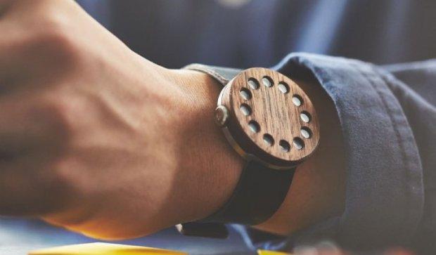 Американська компанія створила незвичайні дерев'яні годинники (фото)