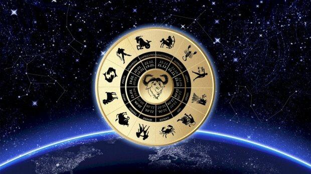 Гороскоп на 22 листопада для всіх знаків Зодіаку: Овнам потрібна сім'я, Ракам – вечірка