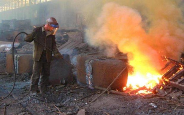 Всупереч війні: заводи Донбасу відновлюють роботу