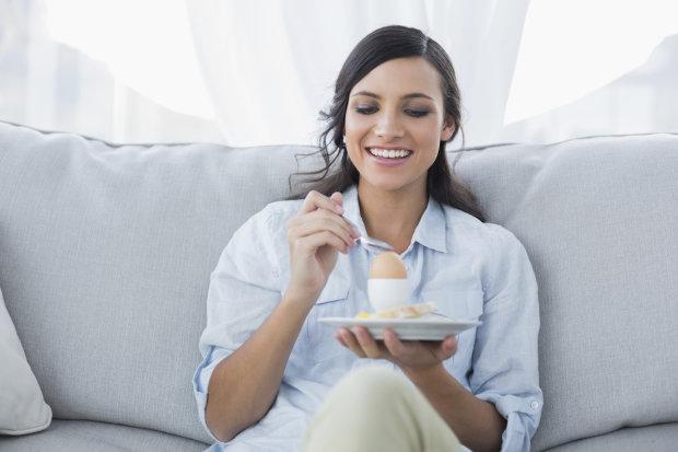 Убивает чувство голода и сжигает жиры: эффективная яичная диета принесет вам счастье