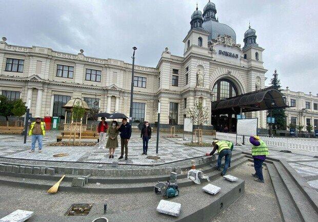 Садовий вирішив перетворити Львів на Лондон, наплювавши на галичан - все для туристів