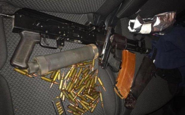 В Киеве прикрыли лавочку торговли оружием из зоны АТО