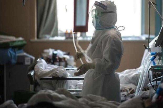 """На Закарпатье малолетняя нахалка обчистила убитую горем мать: """"46 тысяч на операцию"""""""