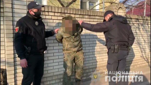 """Українець з пістолетом ледь не розстріляв знайомих через пляшку: """"Руки вгору - наливай!"""""""