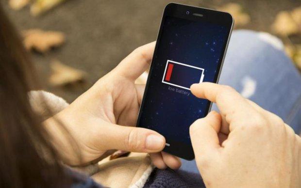 Преступное приложение: выяснилась еще одна причина быстрого разряда смартфонов