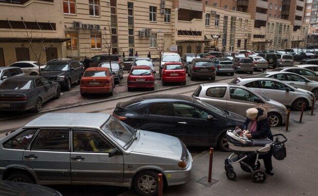 Воры массово охотятся на автомобили украинцев, раскрыта новая схема: как уберечься водителям
