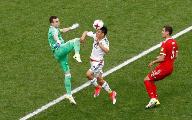 Що мені, піти повіситись: російський воротар не знає, куди подітися після своєї помилки