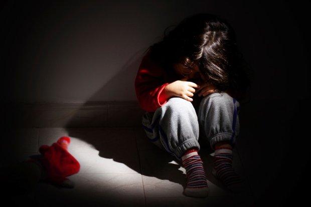 Під Житомиром дика вихователька скалічила малюка: фото