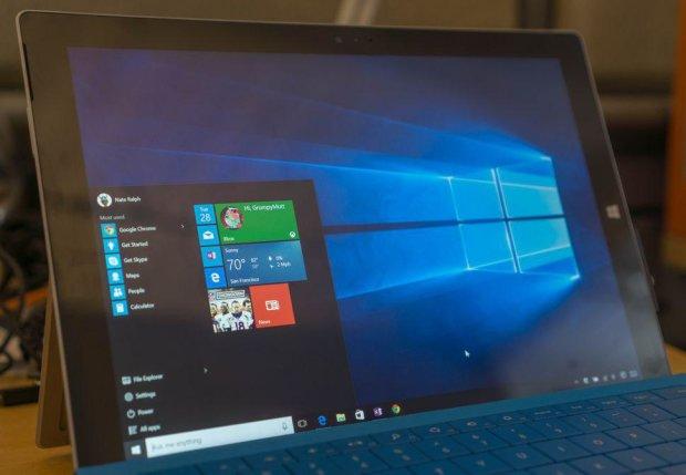 Черная полоса Windows 10: пользователи обнаружили очередную проблему
