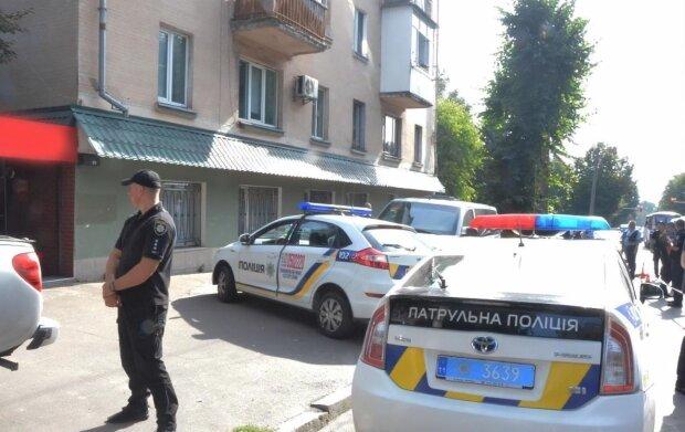 Одеситів катає таксист з гранатою