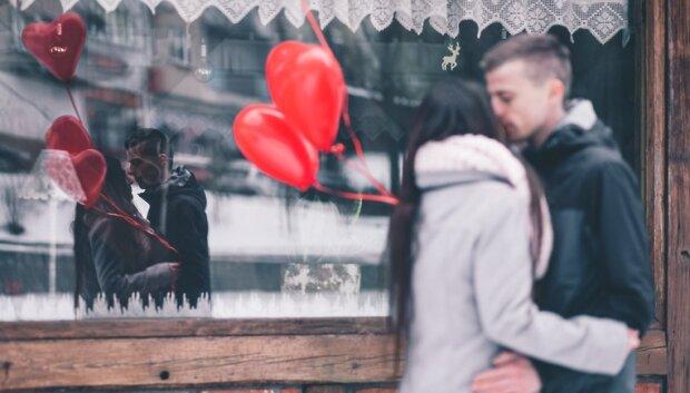 """Чьи отношения не """"переживут"""" День влюбленных: астрологи поделились гороскопом, к которому стоит прислушаться"""