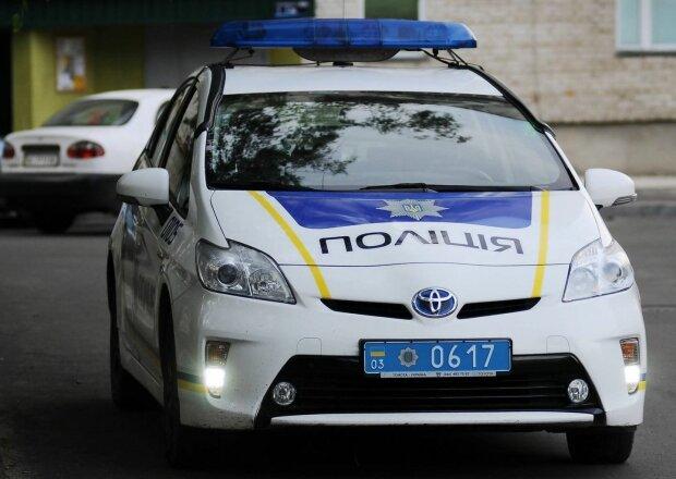 Грабитель цинично обобрал 94-летнего киевлянина в подъезде, - камера наблюдения раскрыла правду