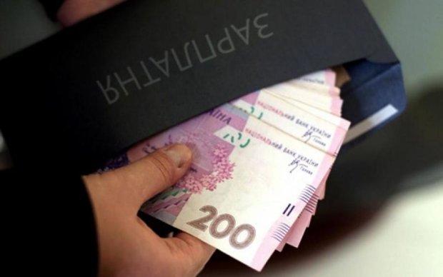 """Все под контролем: Кабмин назвал количество получателей """"теневых"""" зарплат"""