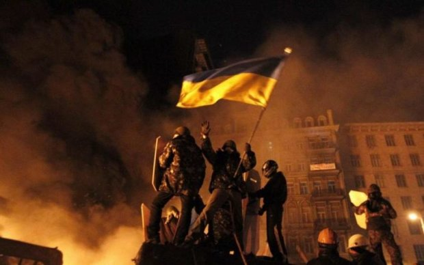 """Донбасс, прости: """"Голос Майдана"""" открестилась от Революции Достоинства"""