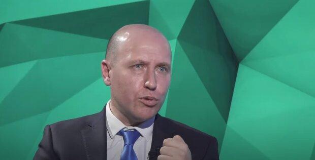 Руслін Бізяєв, скріншот відео