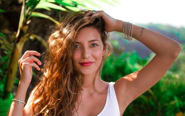 """Регіна Тодоренко вирішила """"наздогнати"""" Ілона Маска, Біллі Айліш і творця Instagram, несподівана розробка красуні"""