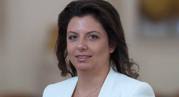 """Путинскую пропагандисту """"похоронили"""" ее же словами: россияне устали от скотской жизни"""