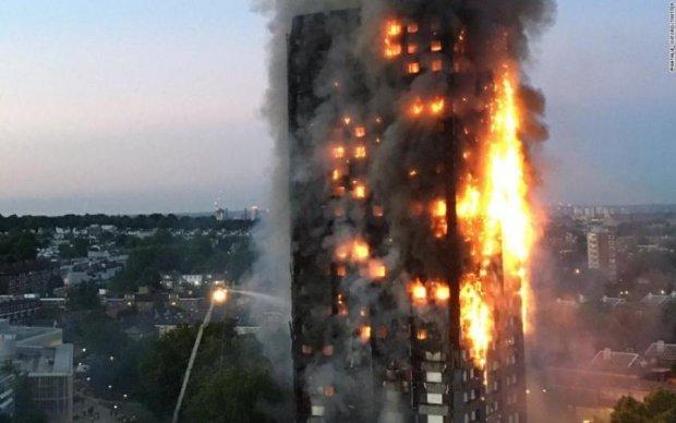 Лондонська пожежа: кількість жертв невпинно зростає