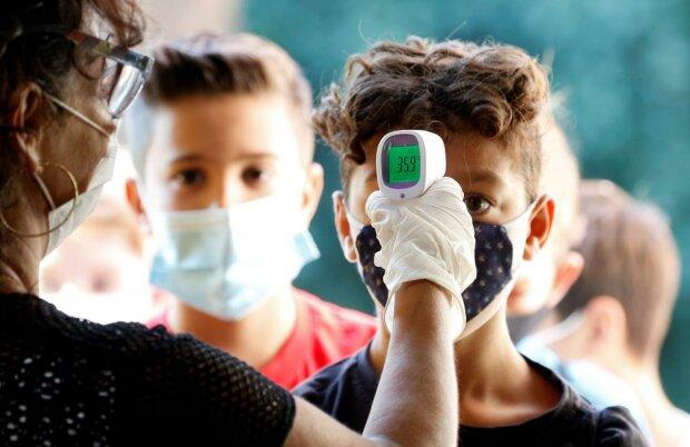 Главные новости за 18 сентября: школьников принуждают к Кремлю, родителям дали выбор, а рожениц атакует серьезное заболевание