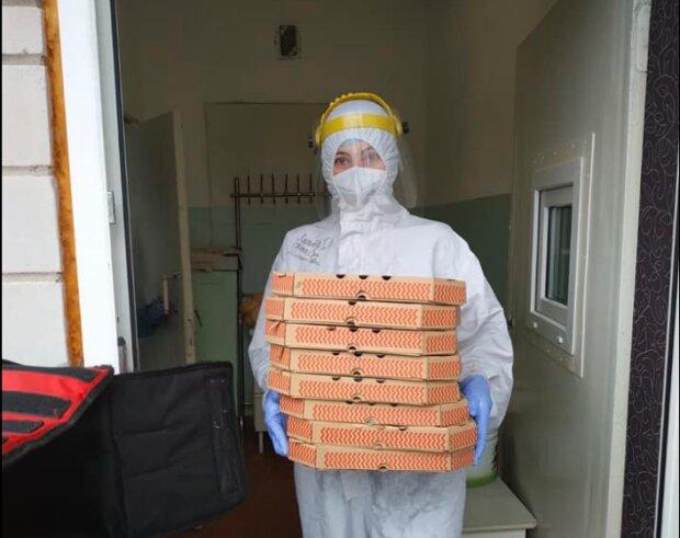 """Неравнодушные украинцы устроили врачам праздник пиццы: """"Берегут нас от ковида каждый день"""""""