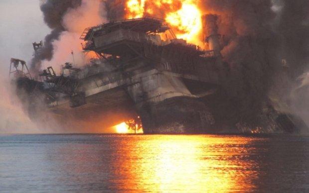 В Мексике горел нефтевой терминал: пострадали около двух десятков людей