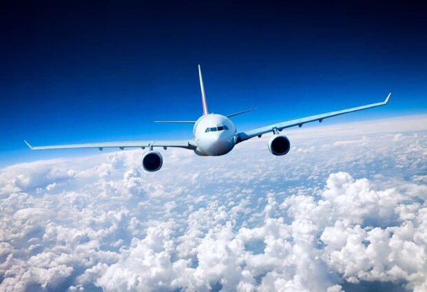 Літак. Фото: 1zoom.me