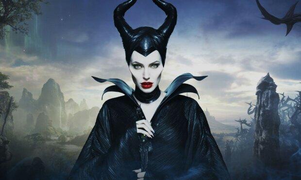 Как Анджелину Джоли превращали в Малифисенту: Disney показал уникальное видео, в это трудно поверить