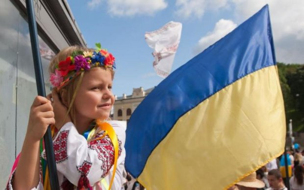Стало відомо, що москвичі бажали українцям на День Незалежності