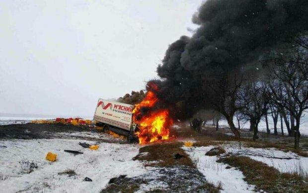 М'ясо по всій дорозі: кривава трагедія сколихнула Україну