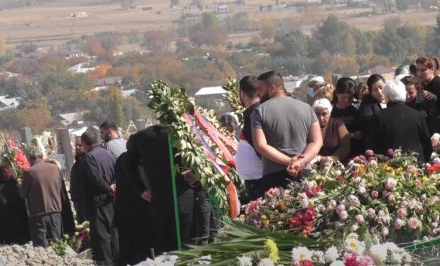 Похорон, скріншот: Youtube