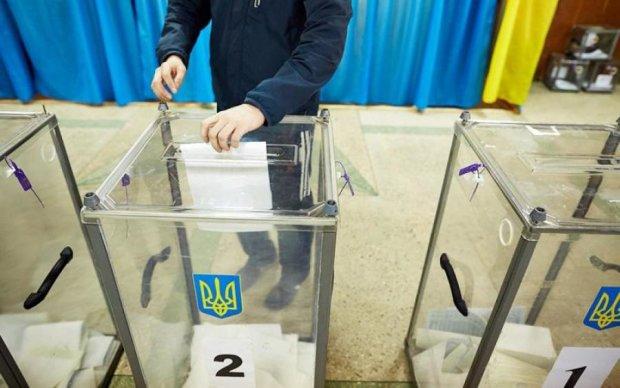 Порошенко пообещал референдум: что спросят у украинцев