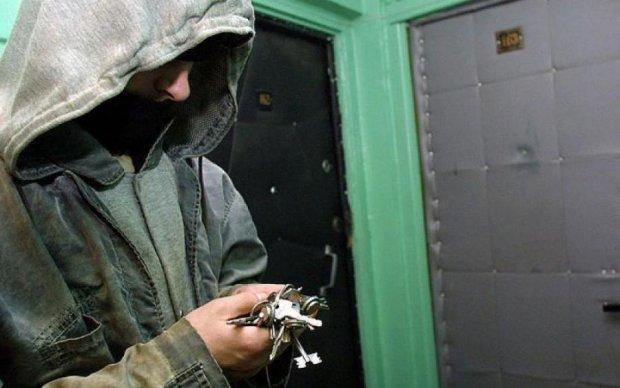 Всі методи хороші: як українці воюють з домушниками